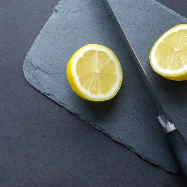 Hvor meget C vitamin er der i en citron?